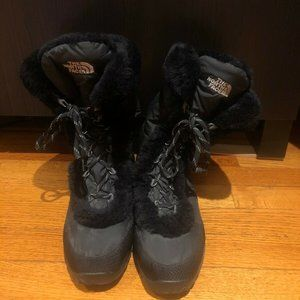 The North Face Fur Lined Snow Boots, Size 9, Black